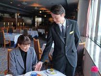 【レストラン】12階レストランで景色と食事とおもてなしをお愉しみください!(写真はイメージです)