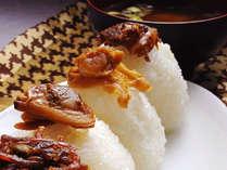 【特典】地元伊勢湾のちりめんを使った山椒ちりめんや料理長お気に入りの牛肉しぐれを含む佃煮セット♪