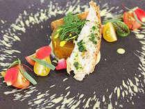 伊勢海老にアワビ、ふぐ。。南フランスの郷土料理「ブイヤベース」を志摩で採れた海の幸を使用しアレンジ