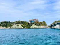 玄界灘を眺めるオーシャンビューと目の前の海から直送の海鮮を味わえる宿