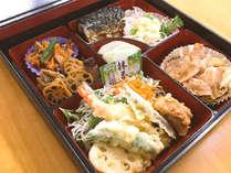 地元民から愛される人気定食屋さんの夕食,愛媛県,ホテルトレンド西条