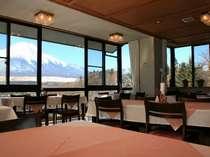 朝、富士山を眺めての食事はサイコーですっ!!