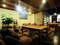 【連泊割】3泊以上でお得に☆ディープなコザの観光に☆おしゃれなカフェ&バーもあり!(素泊まり)