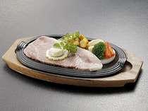 【通年】夕食別注料理:サーロインステーキイメージ