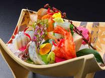 *夕食一例/料理長が吟味した素材で作り上げた季節を彩る逸品