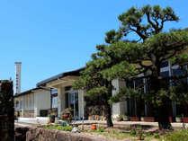 はしうど荘は丹後旅行や観光、またはビジネスでご利用される方など、色んな目的を持った旅人が集まる宿です