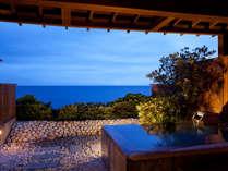 【潮騒】伊豆石造りの露天風呂で天然温泉に浸かり、ワンランク上の贅沢なひととき。