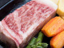 きめ細かに脂が乗っている肉の旨味をお楽しみください(夕食/豊後牛)