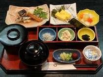 吉萬の和風朝ごはん・・・お米は、高知県窪川産のかおり米