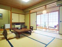 和室12畳の広々和室