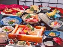新鮮な素材を使い、味・質にこだわったお料理をどうぞ。ボリュームも◎です!(雪コース一例)