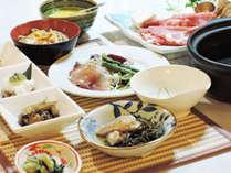 【2食付/グリーン期】一歩踏み出せば、異空間★爽やかな風薫る当館で、かけ流し湯と手作り料理を堪能♪