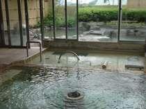 朝夕入替制の大浴場と天望露天風呂は最上階に。(画像は「花の湯」大浴場)