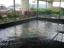 朝夕入替制の大浴場と露天風呂は最上階に。(画像は「月の湯」大浴場)