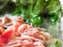 オレイン酸を豊富に含んだ甘くとろける脂質が美肌効果大「甘とろ豚」
