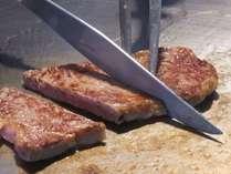 ・[伊予牛 絹の味ステーキ]モダン料亭「飛梅」で焼きたてをどうぞ