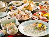 河豚5品と伊予牛 贅沢冬プラン 早春の料理イメージ(てっさ、ふぐ鍋は3名盛)