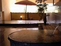 姉妹館 葛城「大師の湯」広々とした大浴場です
