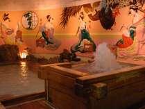 姉妹館 葛城「白鷺の湯」壁面の浮世絵が特徴です