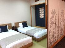 ギルディング和紙で彩られた10階露天風呂付き客室
