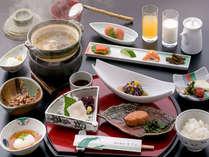 【朝食】庄内の食をたっぷり取り入れた 【いさごやの朝ごはん♪】