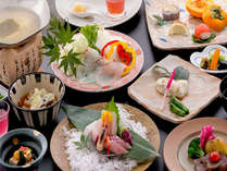 【朱水の膳】地元食材を活かした季節感のある会席料理です