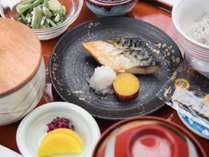 *朝食/グランカフェにてご用意する和定食の一例。