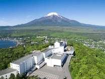 富士山と湖を望むリゾート ホテルマウント富士