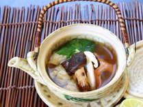 【11月までのお料理】お口に広がるきのこの豊かな風味♪地元食材で旬を堪能「秋の恵み!土瓶蒸しプラン」