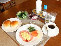 *【朝食一例】バランスの取れた王道モーニングです。デザートのジャムは長野産フルーツ!