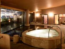 【14階大浴場】大きなお風呂でゆったりと寛ぐ時間を。
