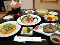 1泊2食付◆勝浦の磯料理&4つのお風呂で温泉を満喫!