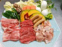 15周年S焼肉プラン夢ポーク・豊後牛・耶馬溪鶏の三種の肉類を満喫。煙の少ない特鉄板でご賞味