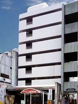 金沢の中心街「片町」に立地。各観光地にアクセス良好!!