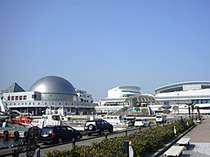 名古屋港水族館へは車で15分!