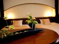 ゲストルーム一例。ビジネスからカップル、ファミリーまで快適にご滞在いただけます。