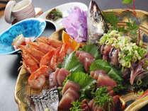 【地魚刺身盛り】伊豆ならではの新鮮な旬の地魚の盛り合わせです!