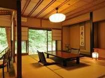 趣のある落ち着いた雰囲気の、和風館和室(2)