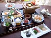 和朝食は瀬戸のお茶漬けをご用意しております。