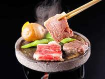 新潟牛と越後もち豚しゃぶの食べ比べ御膳! 温泉マニア絶賛の確かな泉質をじっくり堪能☆彡
