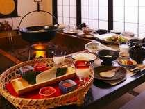 【朝食一例】花巻の食材をふんだんに使った朝食。
