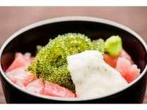 【朝食】「海ぶどう」「マグロ」「とろろ」のコラボレーションをご賞味ください!
