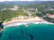 ◆エメラルドグリーンが美しい『入田浜』澄んだ海の色が眩しい!