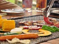 *お肉や野菜をジュ~ジュ~焼いて、みんなで楽しいひと時をお過ごし下さいね♪