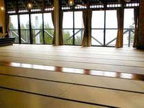 *【みのり館】55畳の大広間!合宿や数家族でのご利用に最適です。窓からはびわ湖を一望!