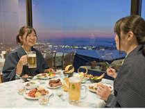 瀬戸内の夜景を望む。展望レストラン