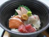 昼食/人気の海鮮丼
