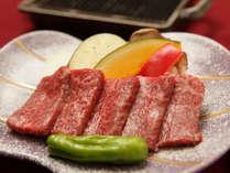 一品料:国産牛鉄板焼