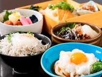 """オーシャンビューのレストランで讃岐のこだわりモーニング""""うまげ丼&朝う丼"""""""