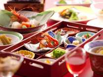 ◆彩宝膳/北海道の山海の味覚を中心に、見て・食べて楽しい和食会席膳
